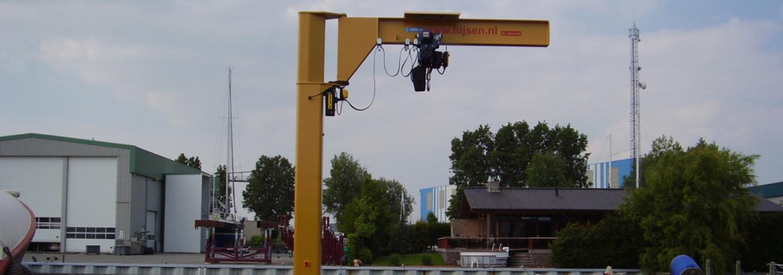 Electrically rotated jib cranes CBE/MBE series | Donati